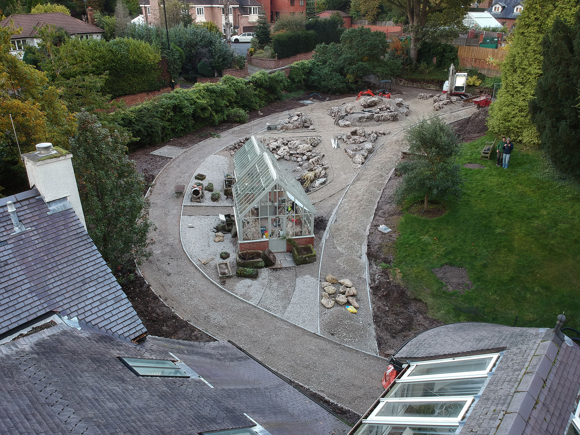 A new glasshouse (internally landscaped with tufa rocks) is constructed.